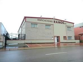 Nave industrial en Sant Lluís